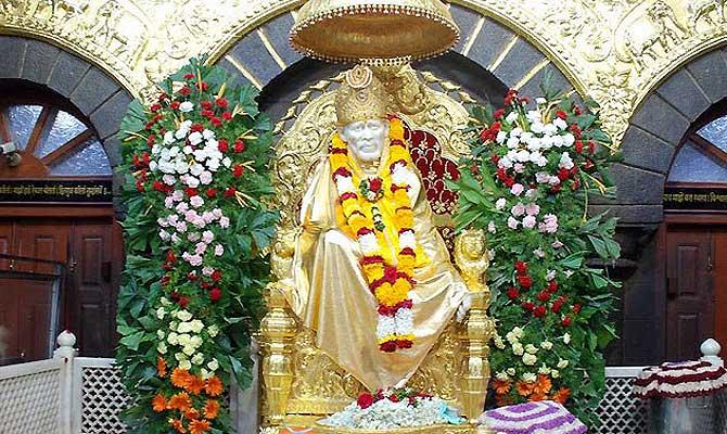शिरडी सांईबाबा मंदिर में भक्तों के चलने से पैदा होगी बिजली, रोशन होगा पूरा मंदिर