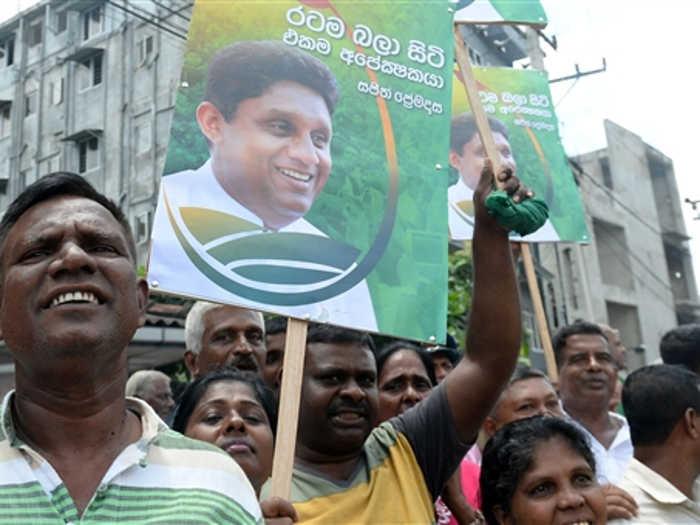 sri lanka election: राष्ट्रपति चुनावों में जोरदार टक्कर,रिकॉर्ड उम्मीदवार उतरे मैदान में