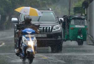 श्रीलंका में भारी बारिश से 9 लोगों की मौत