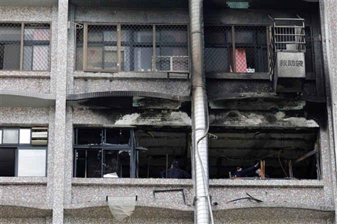 ताइवान के एक अस्पताल में लगी आग, 9 की मौत और 15 घायल
