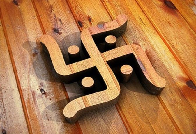 स्वास्तिक चिह्न से कैसे दूर करें घर का वास्तु दोष,जानें ये आसान उपाय