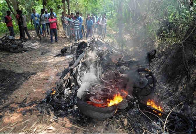 पश्चिम बंगाल: पंचायत चुनाव के दौरान फैली हिंसा में अब तक चार की मौत, दोपहर 1 बजे तक 41% हुआ मतदान