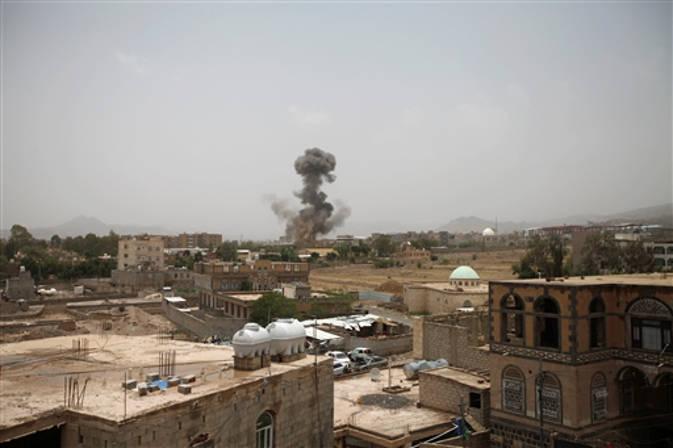 यमन : बस पर हवाई हमले में बच्चे सहित 43 लोगों की मौत, अमेरिका ने किया जांच का आग्रह