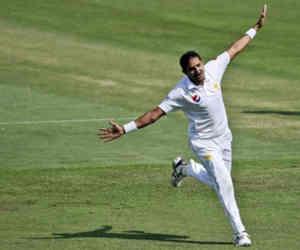 कौन है ये पाकिस्तानी गेंदबाज, जिसने 137 साल में सबसे अच्छी बॉलिंग की