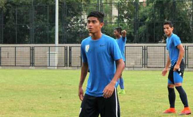 रिक्शा चलाने वाले का बेटा खेलेगा फुटबॉल वर्ल्ड कप