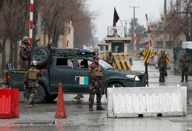 अफगानिस्तान के आर्मी बेस और वीवीआईपी इलाकों में तालिबान का हमला, 18 जवानों की मौत