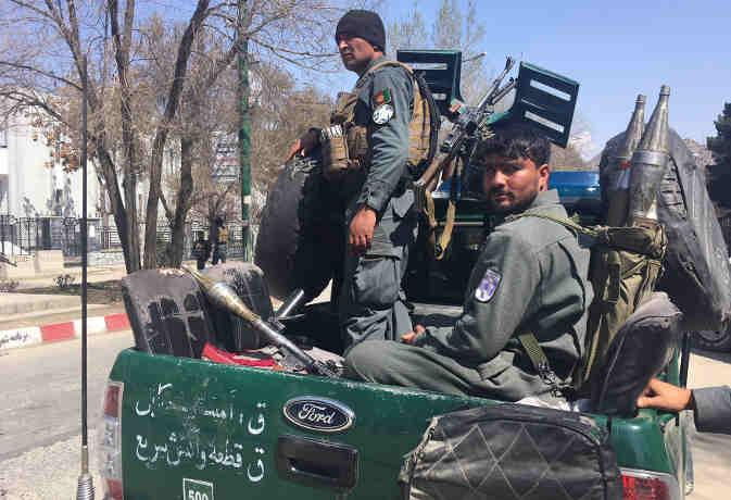 काबुल में शिया धर्मस्थल के पास आत्मघाती हमलावर ने खुद को उड़ाया, 26 लोगों की मौत