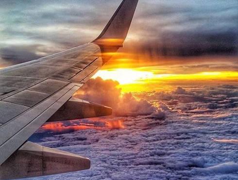 हवाई जहाज की विंडो सीट पाने के लिए क्यों बैचेन रहते हैं लोग? इन दिलकश तस्वीरों में मिल जाएगा जवाब