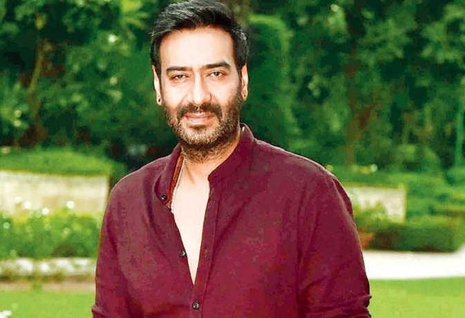 surgical strike 2 : अजय देवगन ने पीएम मोदी को ट्वीट में टैग कर कही ये बात,किया वायुसेना को सलाम