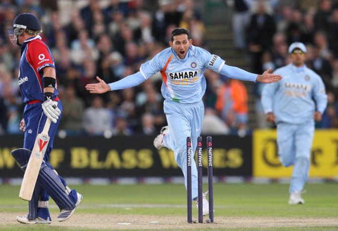 क्या आप जानते हैं? वनडे में सबसे तेज हॉफसेंचुरी लगाने वाला बल्लेबाज नहीं यह भारतीय गेंदबाज है