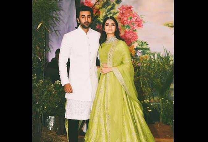 दीपिका-रणवीर के अलावा ये हैं बॉलीवुड हॉट कपल,जो जल्द ही बंध सकते हैं शादी के बंधन में