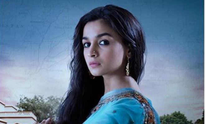 बॉलीवुड हलचल: करण की फिल्म में मां बनेंगी करीना,जासूसी के बाद कॉमेडी करती दिखेंगी आलिया