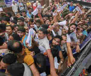 अमरनाथ यात्रा :  रवाना हुआ 2,922 तीर्थयात्रियों का एक आैर जत्था