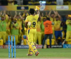 IPL 11 के इस सिक्सर किंग ने अंतरराष्ट्रीय टी-20 मैच में नहीं लगाया एक भी छक्का