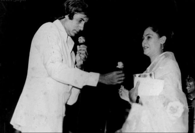 अमिताभ बच्चन और जया की शादी के 45 साल हुए पूरे, ऐश्वर्या राय ने दिया यादगार तोहफा