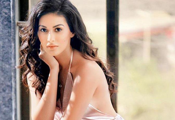 #MeToo 'इसक' अभिनेत्री अमायरा ने कहा, फिल्म इंडस्ट्री में पुरुष- महिलाओं दोनों ने  किया हैरेस