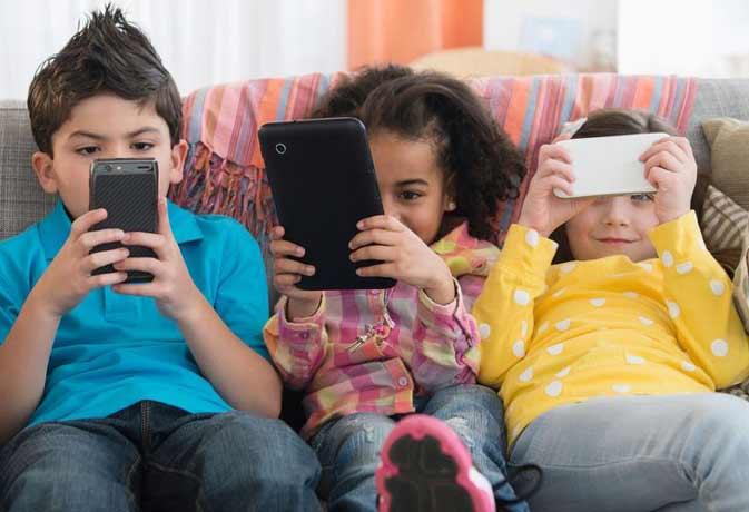 कहीं आपके बच्चे तो नहीं यूज कर रहें ये 'Adult app'