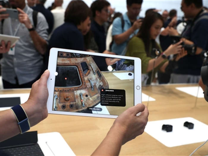 एप्पल ने iphone 11 सीरीज,apple tv+,apple watch और ipad किए लॉन्च,जानें क्या है कीमत