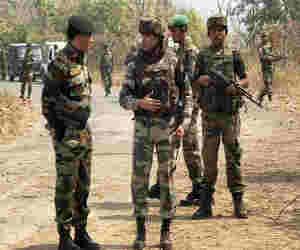 नगा उग्रवादियों के हमले में असम राइफल्स के दो जवान शहीद , चार जवान घायल