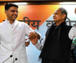 अशोक गहलोत बने तीन बार राजस्थान के मुख्यमंत्री पद की शपथ लेने वाले चौथे व्यक्ति