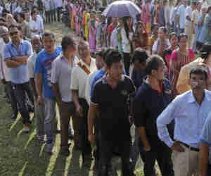 असम मेें NRC की नई लिस्ट जारी,  1 लाख से अधिक लोग हुए बाहर