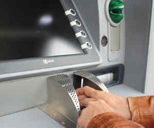 रुड़की में लाखों की नकदी से भरा ATM उखाड़ ले गए बदमाश, CCTV पर लगा दिए थे टेप