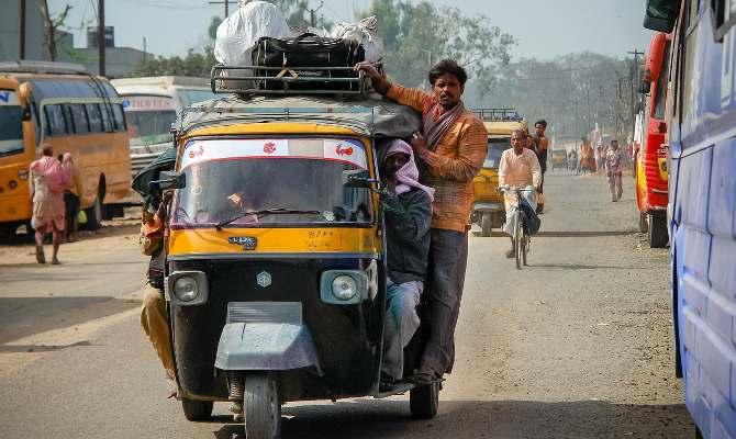 देहरादून का अजब हाल, बच्चा 11 वर्ष पार, ऑटो रिक्शा में एंट्री से इनकार