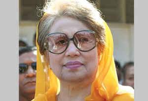 जेल में बंद बांग्लादेश की पूर्व पीएम खालिदा जिया की हालत गंभीर, चलने फिरने से हुईं लाचार