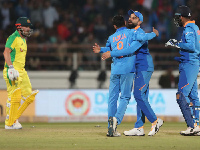 india vs australia 3rd odi pitch report: बंगलुरु में मिलता है 300 प्लस का लक्ष्य,पिछले 7 सालों का यही है रिकाॅर्ड