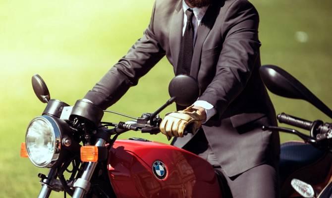 बाइक राइडर्स के लिए बहुत काम के हैं ये टॉप 5 यूटीलिटी गैजेटे्स,कीमत भी है कमाल की!