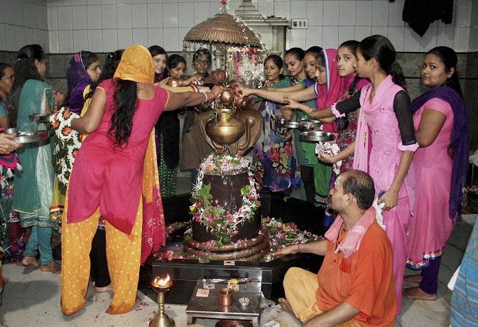 सावन का पहला सोमवार 30 जुलाई को, ऐसे करें पूजा तो होगी शिव कृपा