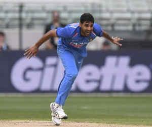 Ind vs Aus तीसरे वनडे में भुवनेश्वर ने फेंकी एेसी गेंद कि, विकेट छोड़कर खड़ा हो गया बल्लेबाज