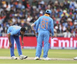 ICC World cup 2019 : चोटिल भुवनेश्वर कुमार तीन मैचों से बाहर, मोहम्मद शमी की वापसी