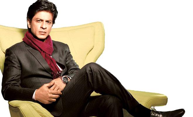 रजनीकांत से राखी सावंत तक,बॉलीवुड सेलेब्रिटीज जो बने कंगाल से करोड़पति
