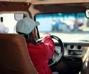 इस शहर में बस ड्राइवरों ने की अनोखी हड़ताल! यात्रियों को फ्री में करा रहे सफर