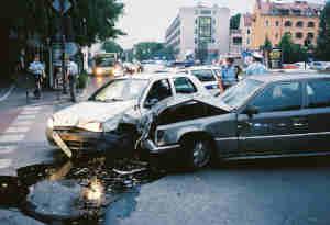 देहरादून: ड्रग के नशे में 20 कारों को मारी टक्कर, गुस्साए लोगों ने पीट-पीटकर अधमरा किया