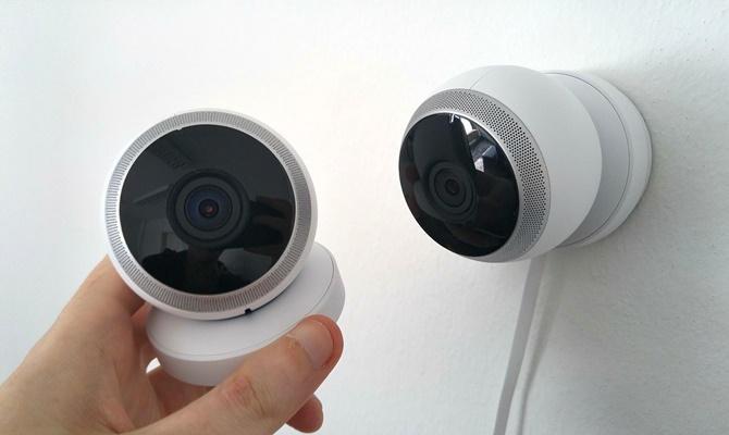 इतना इंटेलिजेंट है यह CCTV कैमरा, लाइव रिकॉर्डिंग में खुद ही पकड़ लेता है चोर को!