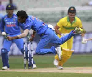 मेलबर्न वनडे : आॅस्ट्रेलिया में 6 विकेट लेने वाले दूसरे भारतीय गेंदबाज बने चहल, जानें पहला कौन था