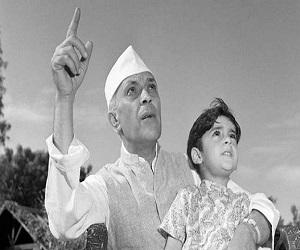 बाल दिवस विशेष: नेतृत्व की परिभाषा का नाम है नेहरू