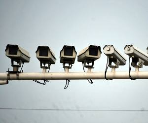 चीन का खुफिया सर्विंलांस सिस्टम जो हर एक इंसान का चेहरा पहचान कर करेगा उसकी जासूसी!