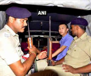 बिहार में शराबबंदी कानून तोड़ने पर फंसा चाइनीज मोबाइल कंपनी का एक चीनी अधिकारी