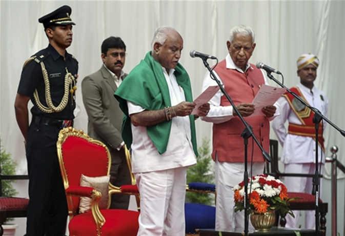 फिर कर्नाटक के CM बने येदियुरप्पा: कभी छोड़ दिया था बीजेपी का दामन, जानें अब तक का सफर