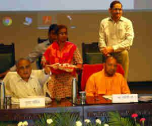 यूपी में अब संस्कृत में भी जारी होगी प्रेस रिलीज, सीएम योगी बोले देश के DNA में है यह भाषा