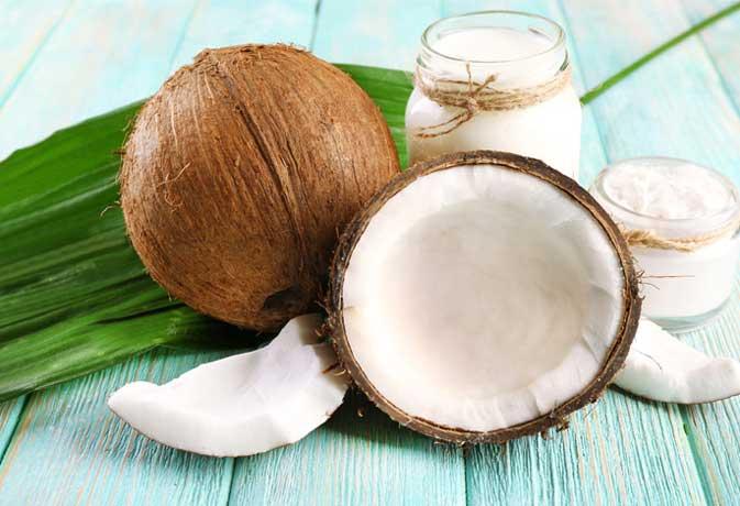 इस गर्मी ट्राइ करें नारियल पानी से बने ये चार ड्रिंक