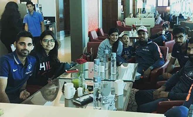 इन 5 भारतीय क्रिकेटरों ने पत्नी संग ऐसे मनाया नया साल,सामने आईं तस्वीरें