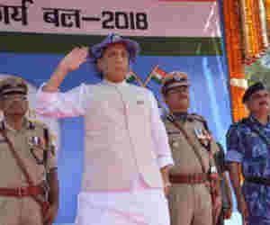 राजनाथ सिंह बोले, इन वजहों से देश में आतंकवाद और नक्सलवाद खात्मे की कगार पर