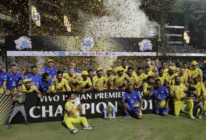 7 साल बाद धोनी ने जीता आर्इपीएल खिताब, IPL 11 फाइनल में चेन्नर्इ ने हैदराबाद को 8 विकेट से हराया