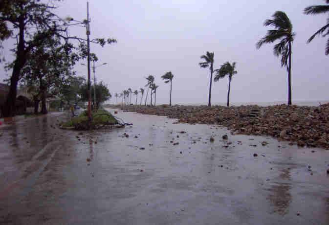 वेस्टर्न डिस्टर्बेंस बिगाड़ेगा मौसम का मिजाज, उत्तर पश्चिम भारत में भारी बारिश की आशंका