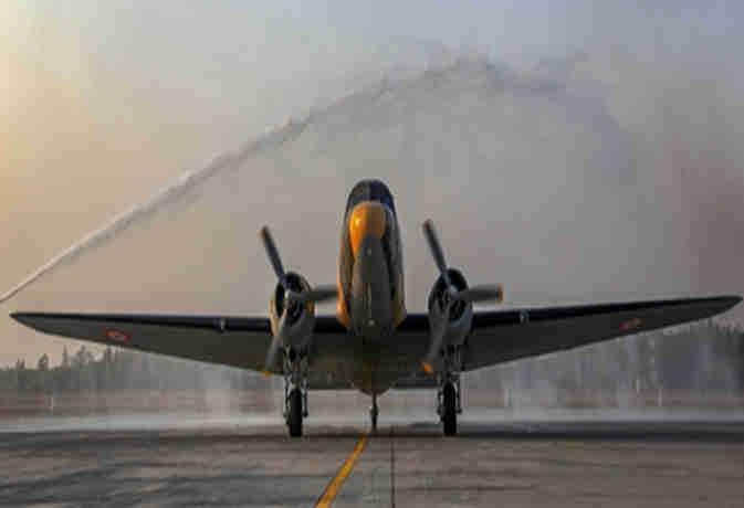 जानें कैसे नए नाम 'परशुराम' के साथ भारतीय वायुसेना में फिर शामिल हो गया सालों पहले कबाड़ में जा चुका  'डकोटा विमान'