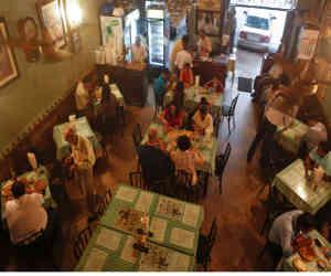 गाने बजाने वाले रेस्तरां व बार के खिलाफ होगी कार्रवाई, जानें क्यों दिल्ली सरकार ने रोक लगाई